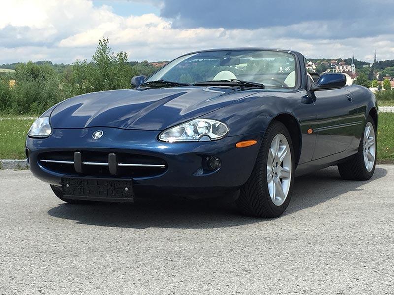 Jaguar XK8 Cabrio X100