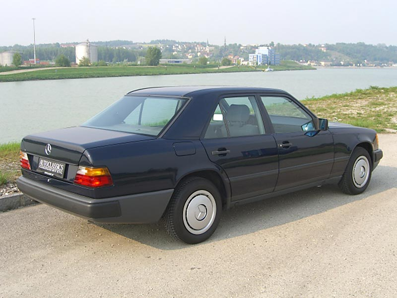 Mercedes Benz 200 W124