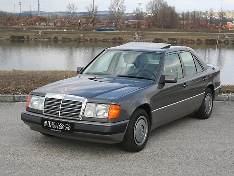 Mercedes Benz 230E W124