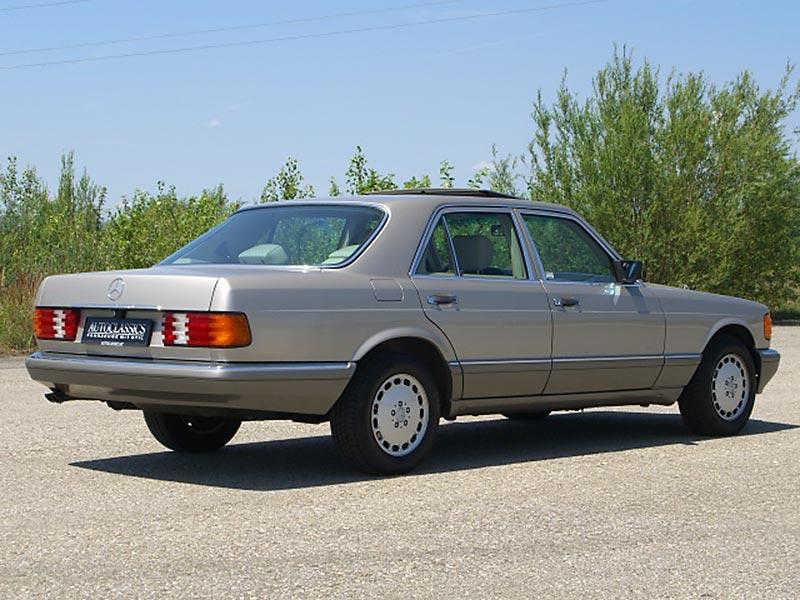 Mercedes Benz 260SE W126