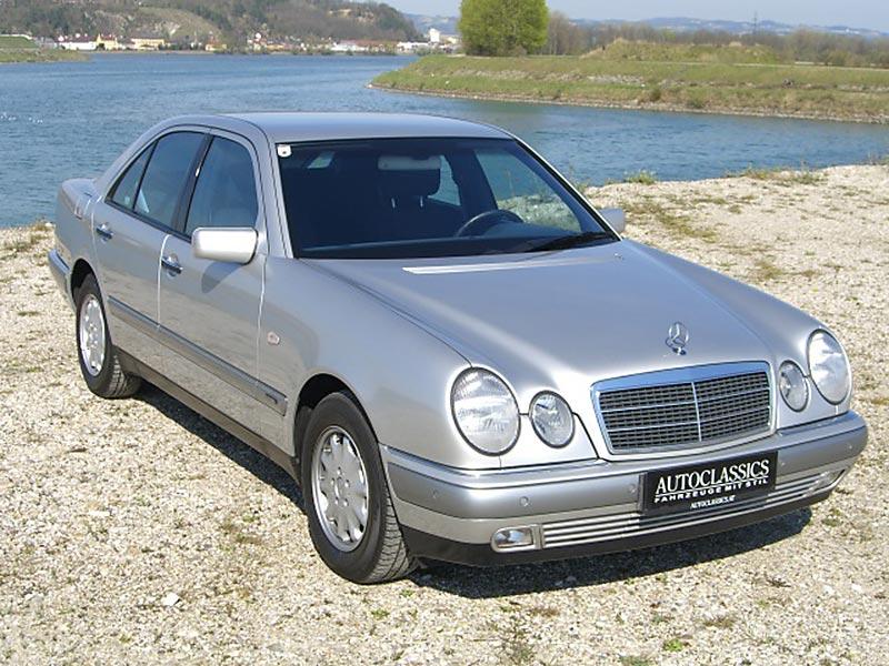 Mercedes Benz E240 W210