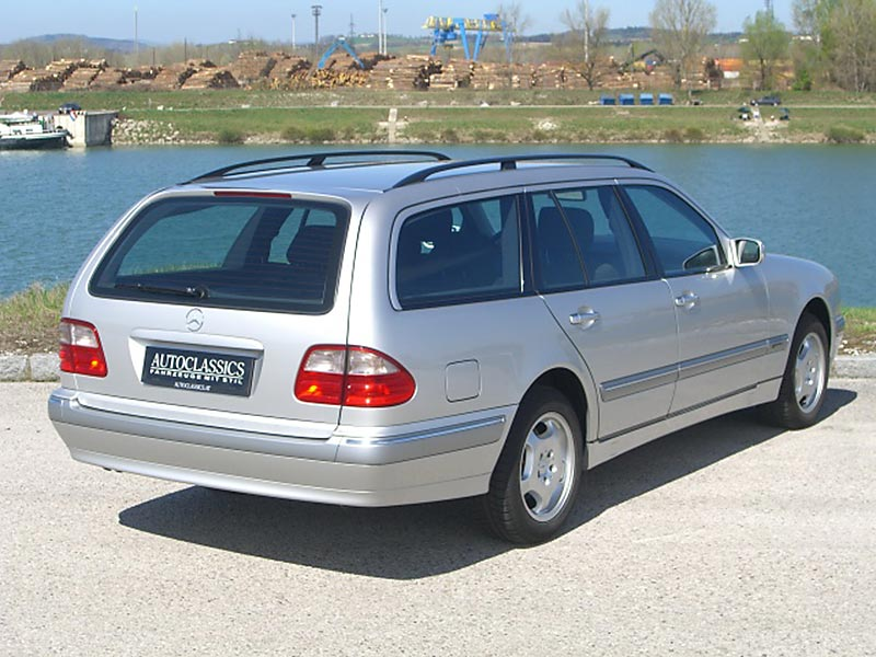 Mercedes Benz E280T 4matic S210