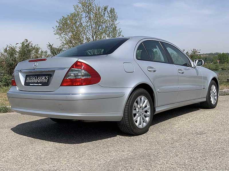 Mercedes E320 W211 | Autoclassics – Fahrzeuge mit Stil