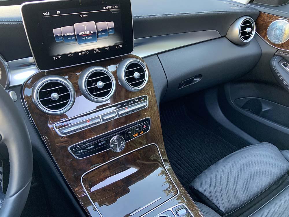 Mercedes Benz C400 T 4matic | Autoclassics – Fahrzeuge mit Stil
