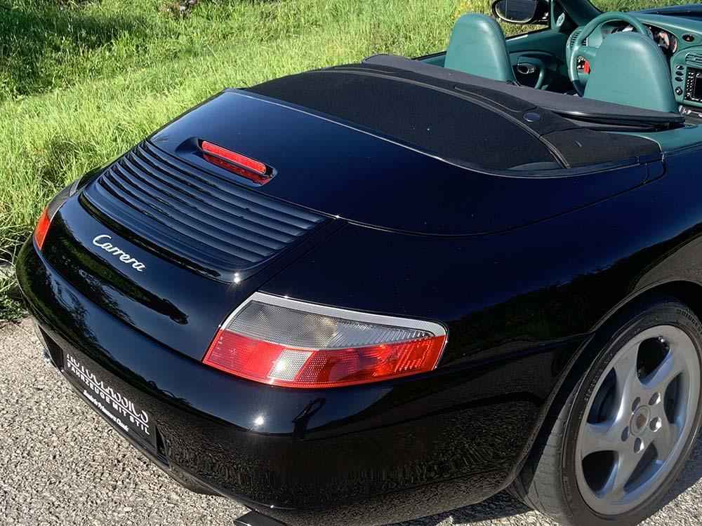 Porsche 911 Carrera Cabrio 996